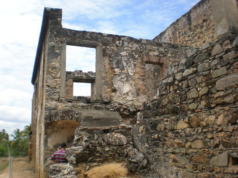 Ruínas do Castelo Garcia D'Ávila na Praia do Forte