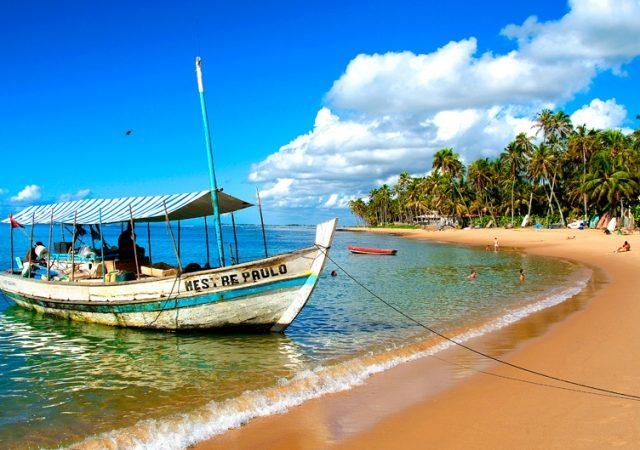 Como ir de Salvador à Praia do Forte