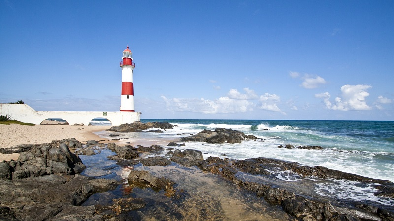 Praia de Itapuã na Bahia