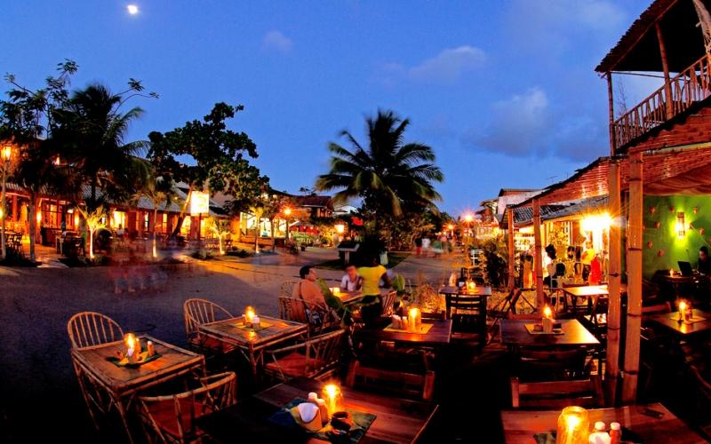 Noite em Praia do Forte