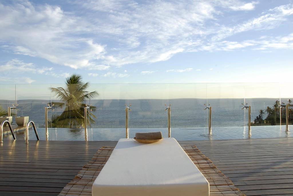 Piscina de hotel de luxo em Salvador