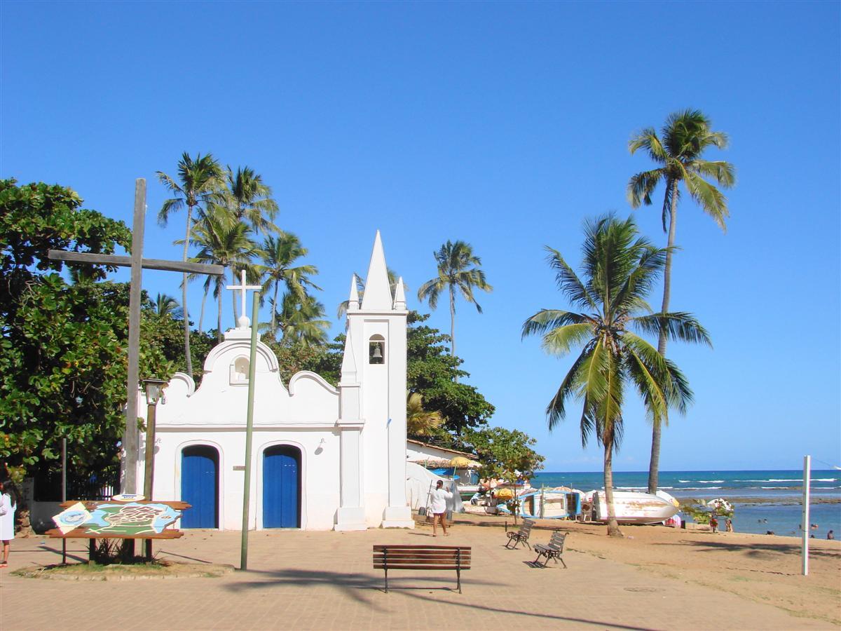 Igreja São Francisco de Assis na Praia do Forte