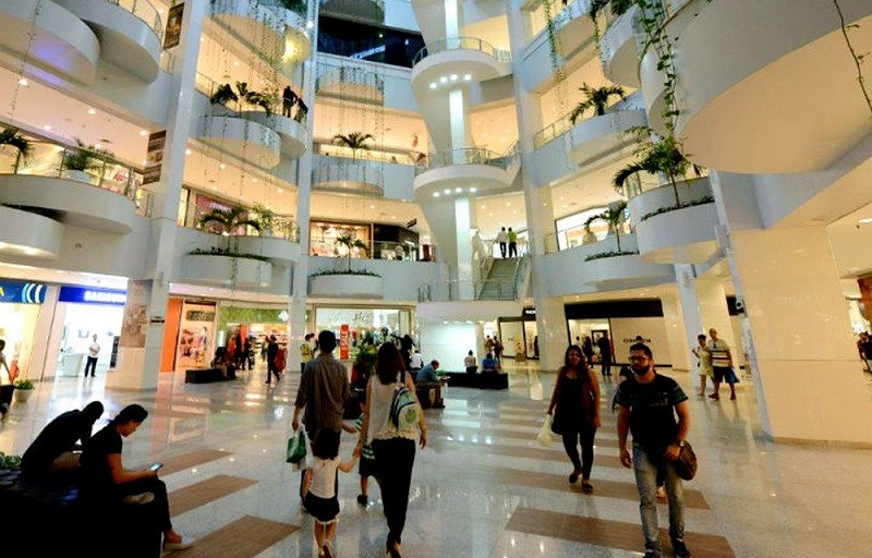 Interior do Shopping Barra