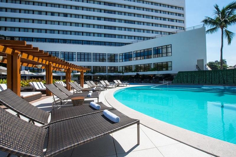 Piscina do Wish Hotel da Bahia