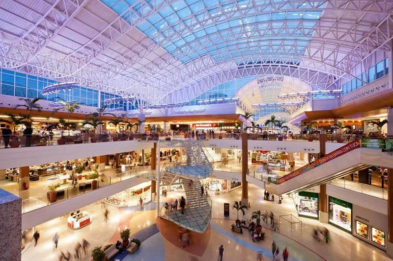 Interior do Salvador Shopping
