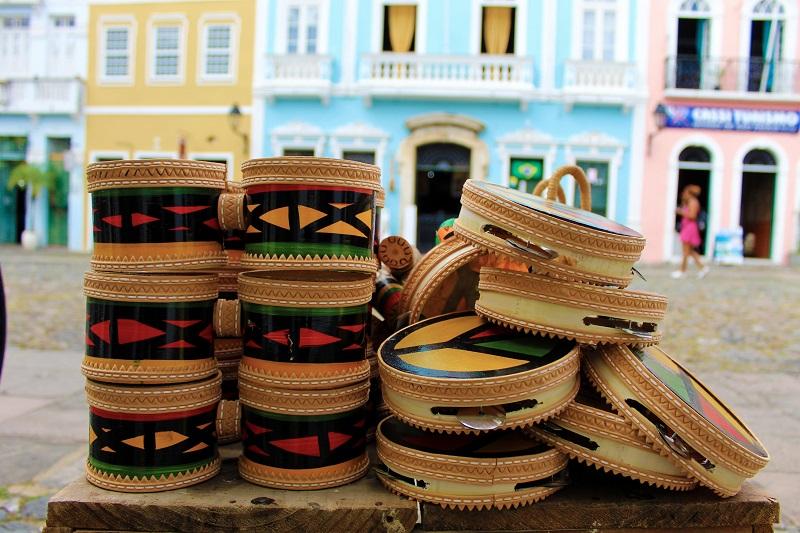 Instrumentos musicais em Salvador
